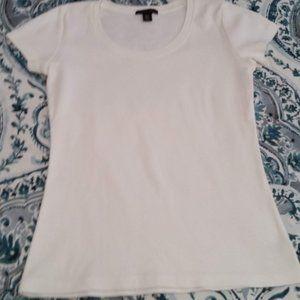 Basic White Scoop Neck T Shirt Size Small EUC